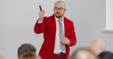 Cristóbal Alonso: el español que lidera desde el Báltico la aceleradora de startups B2B líder en Europa